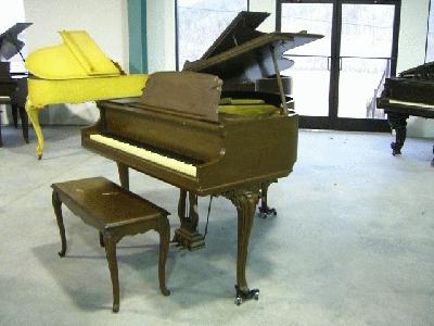 Whitney louis xv apartment size baby grand piano for Size baby grand piano